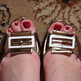 Туфли с открытыми пальчиками и пряжками