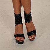 Босоножки на ножках Кристины Асмус